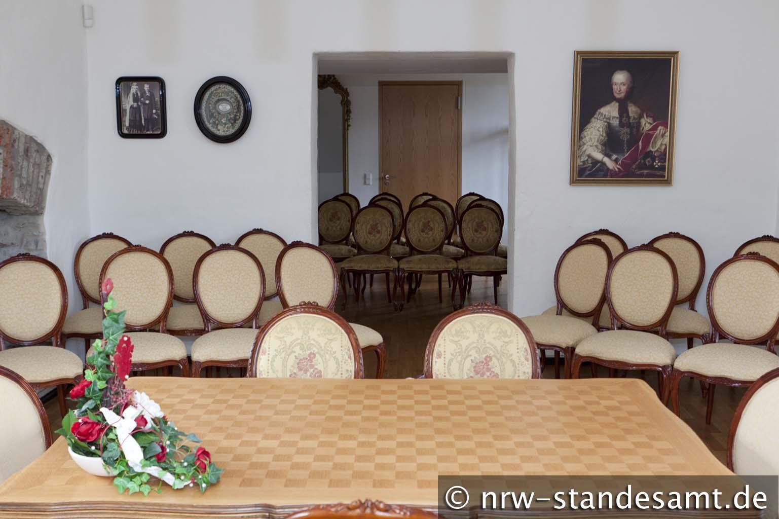 Standesamt in Essen auf Schloss Borbeck das Turmzimmer
