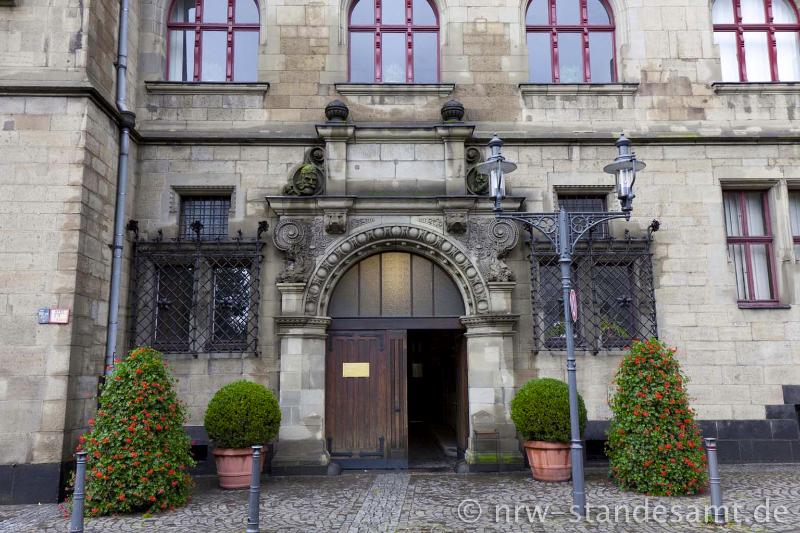 duisburg-rathaus-mitte-sued-02